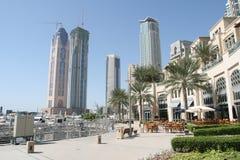 Residencias del puerto deportivo de Dubai foto de archivo libre de regalías