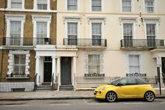 Free Resident Houses And Car In Kensington And Chelsea, London Stock Photography - 171487682