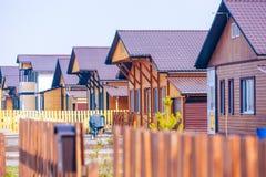 Residental gemenskap för trähus royaltyfria foton