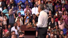 Residente de la reunión de los E.E.U.U. Barack Obama con los estudiantes de la universidad del monumento de la Florida metrajes