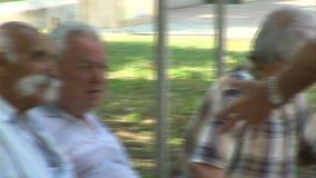 Residentes búlgaros idosos de Varna video estoque