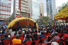 Residenti della città della nota di festa della città di La Paz Immagini Stock Libere da Diritti