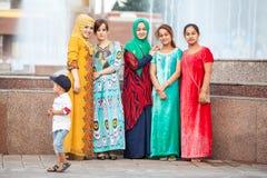 Residenti di Dušanbe sulle vie della città Fotografia Stock