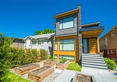 Free Residential House With Concrete Pathway And Door Steps Leading To The Entrance Stock Photography - 155658902