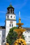Residenz springbrunn i Salzburg Fotografering för Bildbyråer
