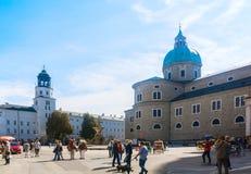 Residenzplatz - der Hauptplatz von Salzburg, Österreich Lizenzfreies Stockfoto