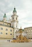Residenzplatz fyrkant i Salzburg, Österrike. Royaltyfri Fotografi