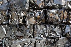 Residuo compresso dei pacchetti di metallo Immagine Stock Libera da Diritti