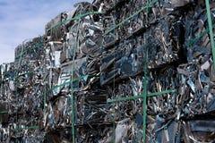 Residuo di alluminio in un mucchio dei cubi Fotografie Stock Libere da Diritti