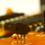 Resistor e transistor da microplaqueta imagem de stock royalty free