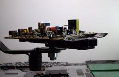 Resistores, diodos del nd de los semiconductores en tablero electrónico Fotografía de archivo libre de regalías