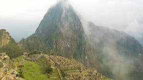 resolución 4K Timelaps Ciudad antigua de Machu Picchu del inca cerca de Cuzco, montañas de los Andes, Suramérica almacen de metraje de vídeo
