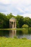 Resorte en el parque, Munich Fotos de archivo libres de regalías