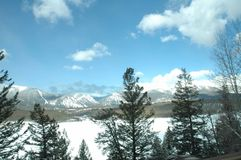 Resorte en las montañas Fotos de archivo libres de regalías