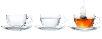 Respingo de vidro do chá em colagem ajustada de uma suficiente quantidade foto de stock royalty free
