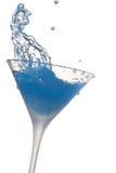 Respingo do cocktail no fundo branco com cão Imagens de Stock