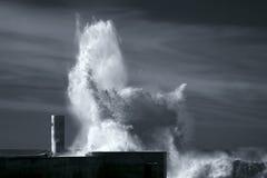 Respingo grande da onda Fotos de Stock