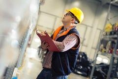 Responsabile in magazzino Concetto all'ingrosso, logistico, della gente e dell'esportazione Fotografie Stock