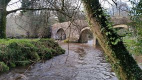 Respryn Bridge, Mediæval bridge spanning the River Fowey in the parish of Lanhydrock. Stock Photos