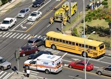 Respuesta de emergencia al accidente de tráfico Imagen de archivo libre de regalías