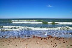 Ressac baltique de côte et de mer Photographie stock