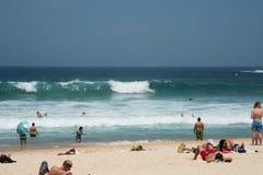 Ressac et sable de plage de Bondi Photos libres de droits