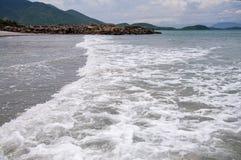 Ressac sur la mer de sud de la Chine Photographie stock