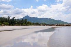 Ressac sur la mer de sud de la Chine Image stock