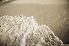 Ressaca na praia Imagens de Stock Royalty Free