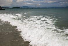 Ressaca no mar do Sul da China tempestade Foto de Stock