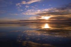 Ressaca no pôr-do-sol Imagem de Stock Royalty Free