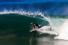 Ressaca Rider Riding Hollow Wave Imagens de Stock Royalty Free
