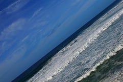 Ressacs pendant une tempête sur la côte atlantique au Portugal Ho photo libre de droits