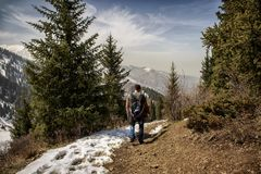 Ressort dans les montagnes photos libres de droits