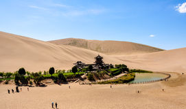 Ressort de croissant de la Chine Dunhuang photographie stock