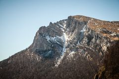 Ressort en montagnes criméennes images libres de droits