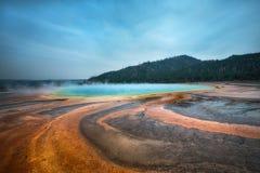 Ressort prismatique grand en parc national de Yellowstone Image libre de droits