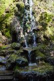 Ressort saint Petite cascade à écriture ligne par ligne images stock