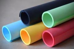 Ressource de papier multicolore de conception graphique de fond de tubes Photos stock