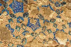 Rest av de dekorerade blåa mosaiktegelplattorna på väggen av den blåa moskén i Tabriz Östligt Azerbajdzjan landskap iran royaltyfria bilder