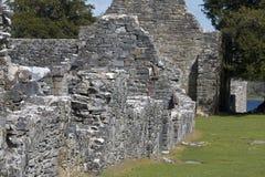 Rest av den 7th århundradeInnisfallen abbotskloster på den Innisfallen ön Arkivbilder