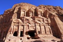 Rest av en forntida tempel i Petra, Jordanien royaltyfria bilder