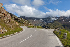 Rest on the mountain road Royalty Free Stock Image