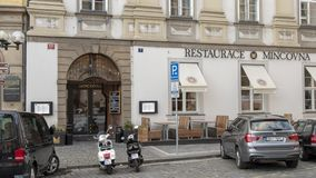 Restaurace Mincovna, praça da cidade velha, Praga, República Checa fotografia de stock