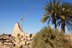 Restauración del templo de Karnak Fotografía de archivo libre de regalías