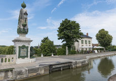 Restauracyjny i Kanałowy Loire Fotografia Stock