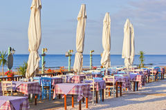 Restauracyjny pobliski morze na quay, Zdjęcie Royalty Free