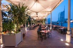 Restaurang hotellhalvö, Bangkok Royaltyfri Foto