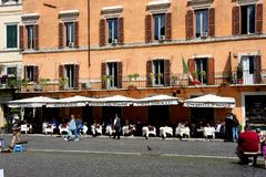 Restaurang i piazza Navona i Rome Arkivfoton