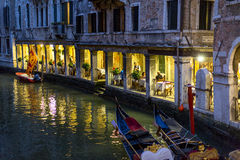 Restaurang i Venedig, Italien Royaltyfria Foton